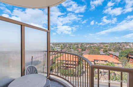 155@22 Great Western Hwy - balcony.jpg
