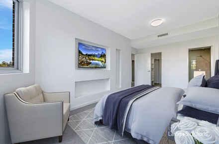 2 Benedict Court - bedroom furnished.jpg