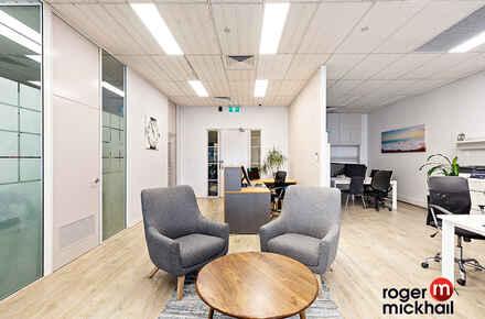 10-Office 5.jpg