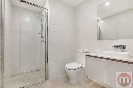 Lyons-Road-197-199-Drummoyne-Bathroom 2-Low.jpg