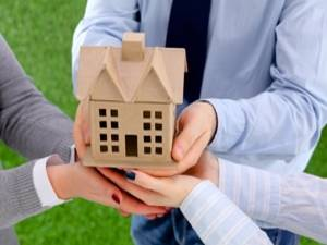 Think-carefully-before-handing-your-investment-over-to-a-tenant-_157_6045047_0_14107823_300.jpg