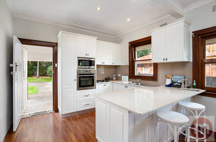 Collins-St-38-Annandale-Kitchen-Low.jpg