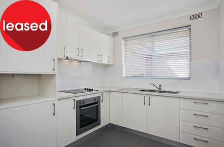 Alt-Road-14-60-Ashfield-Kitchen-Low Res.jpg