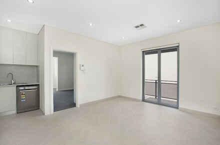 Annandale-St-29-33-Living room.jpg