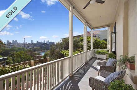 Mona-Road-2-38-Darling-Point-Balcony.jpg