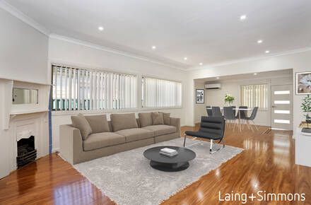 (WEB)Livingroom_R4.jpg