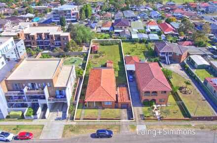14 Brady St - Aerial 7.jpg