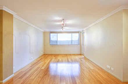 Chiswick, Borthfield Dr, 7, Unit 21 - Living Room - WEB.jpg