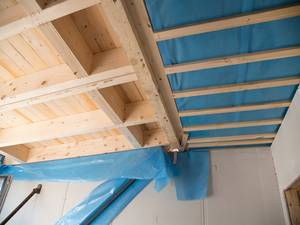 Improving-insulation-is-one-way-to-keep-your-home-cool-in-summer-_157_6060500_0_14110103_1000.jpg