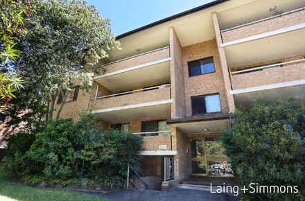 7985623-LowRes-2778_7+13-15+Helen+Street+Westmead1767304__900.jpg