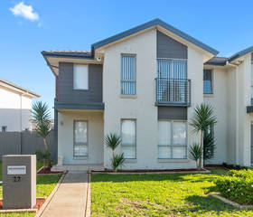 Michelle (Buyer) 22 Truscott Ave, Middleton Grange, NSW 2171