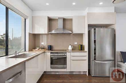 William-St-Suite8-104-Fivedock-Kitchen-Low.jpg