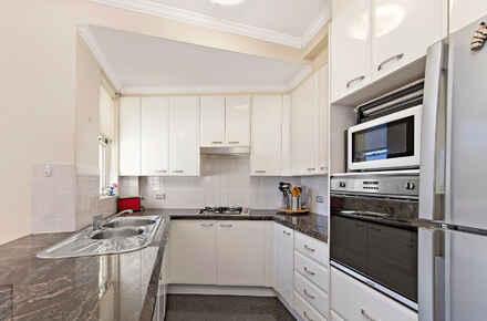kitchen-WEB.jpg